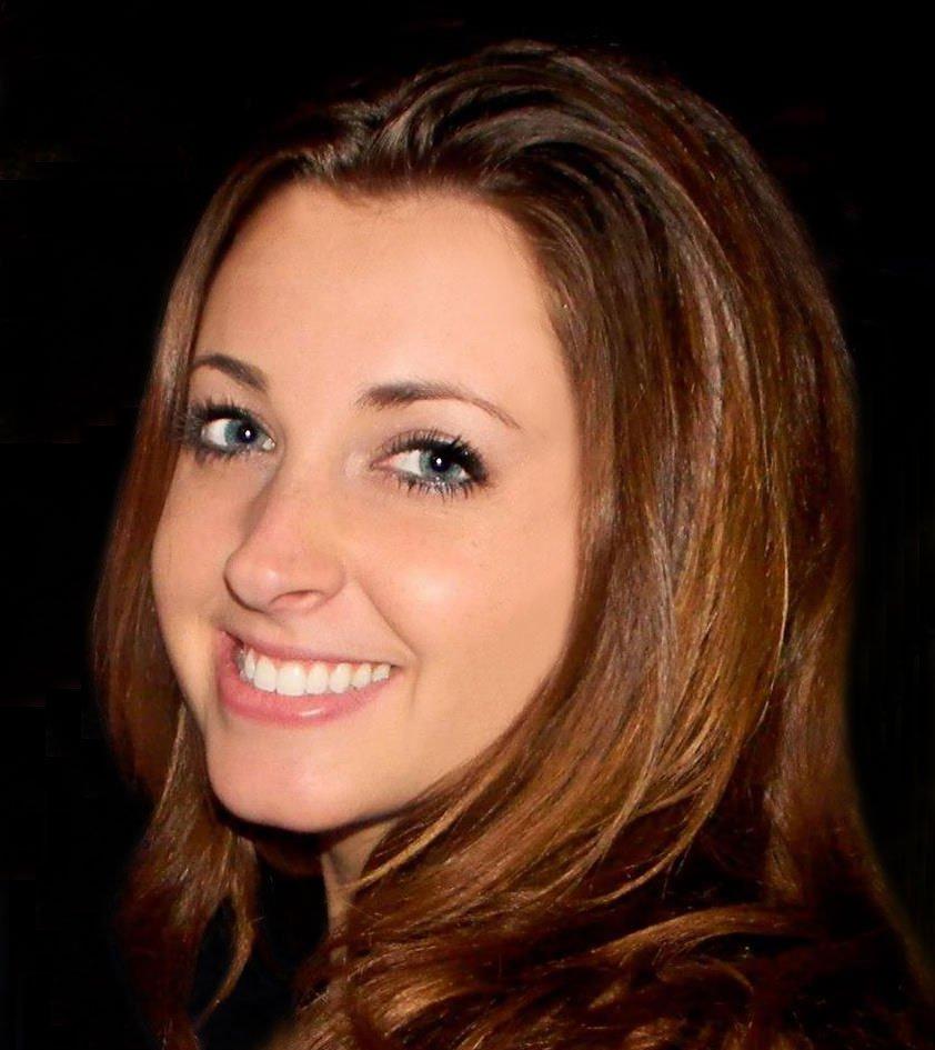 Alexandra - General and Business English Teacher