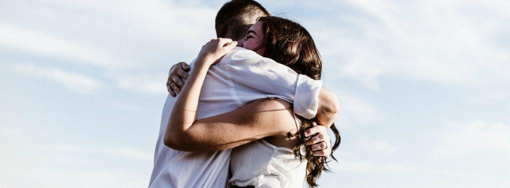 Scandinavian Loanwords in English- give someone a hug.
